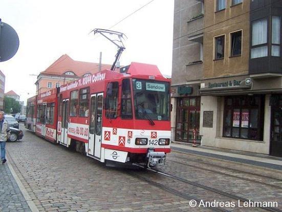 Tram 3 der Cottbusverkehr GmbH von Cottbus Madlow nach Cottbus Sandow am 17.05.2005.