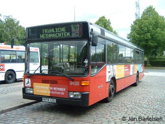 Mit diesem Bus-Foto wünschen wir vom BahnInfo-Team allen Lesern ein frohes und gesegnetes Weihnachtsfest!