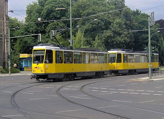 Ein T6A2 der Berliner Verkehrsbetriebe in Berlin-Köpenick.
