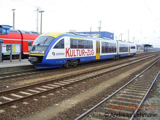 Der Kulturzug von Connex Sachsen GmbH /LausitzBahn im Cottbuser Hauptbahnhof auf der Fahrt von Cottbus nach Zittau.
