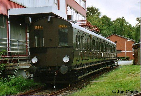 Der Wechselstromzug 1624 beim Tag der offenen Tür im Betriebswerk Ohlsdorf anlässlich des 100jährigen Bestehens der Hamburger S-Bahn am 2. September 2007.