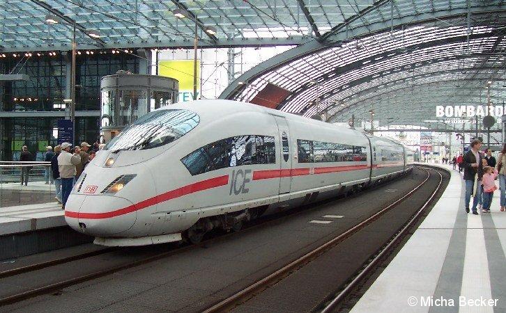 ICE-3 am Berliner Hauptbahnhof, Sonderfahrt.