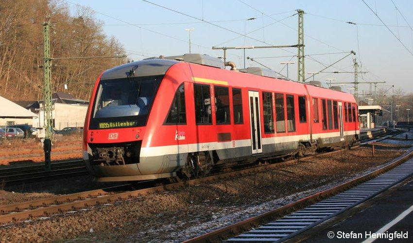 648 der 3Länderbahn am 21. Dezember 2007 in Au (Sieg)