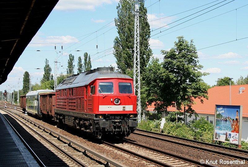 Am 16. Juni wurde ein Regioshuttle von Stadler Pankow nach Velten überführt.  Es handelt sich bei dem Regioshuttle um VT 650 702, der für die Agilis Verkehrsgesellschaft bestimmt ist, die im Juni 2011 den Betrieb im