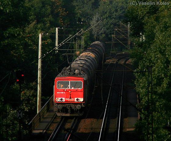 Am Morgen des 14.09.2010 gelang es Veselin Kolev, 155 146 samt Kesselwagenzug am Giesinger Berg in München aufzunehmen.