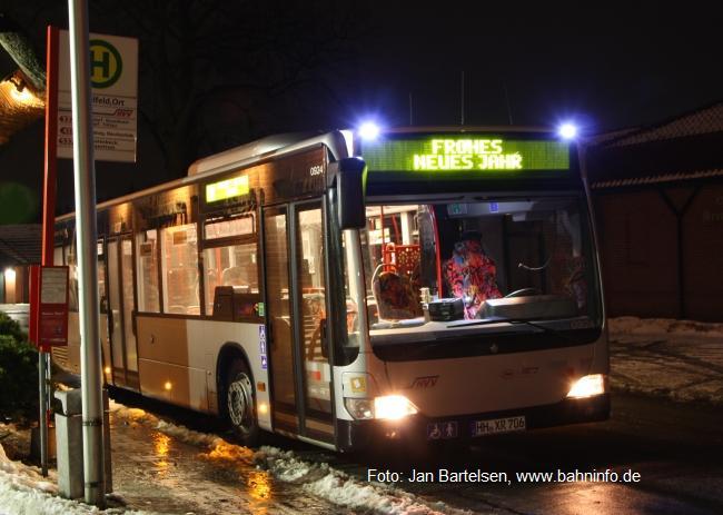 So wie es auf der Zielanzeige beim abgebildeten Bus (Wagen 0924 der VHH-PVG-Unternehmensgruppe) zu sehen ist, wünschen wir Ihnen, liebe Leserinnen und Leser, mit diesem Foto ein