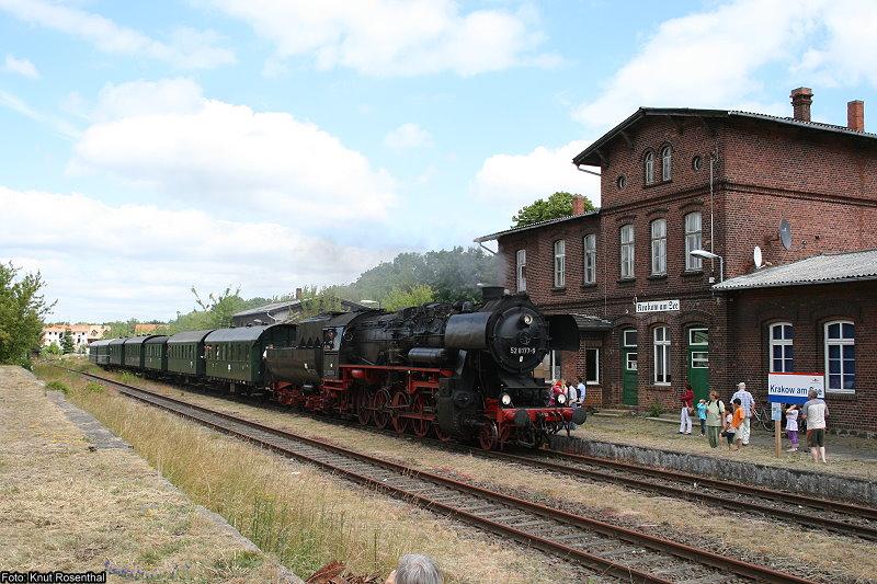 Auf der Infrastruktur der Prignitzer Eisenbahn finden seit 2004 regelmäßig Veranstaltungen mit Sonderzugverkehr statt. Seit einigen Jahren findet Ende Juni das traditionelle
