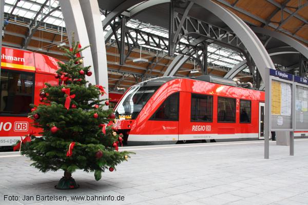 Weihnachtsstimmung im Lübecker Hauptbahnhof (12.12.2009)