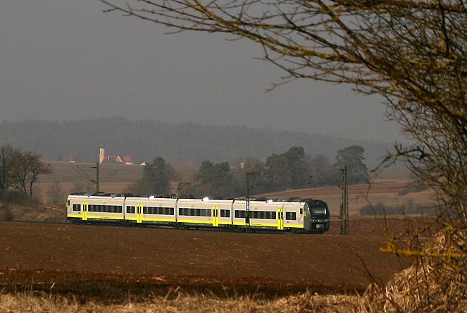 In der Oberpfalz wurde am 1.3.2011 ein 440er bei Willmannsdorf (Strecke Nürnberg - Regensburg) aufgenommen. Kurz zuvor hatte die neue Bahngesellschaft Agilis den Betrieb übernommen.