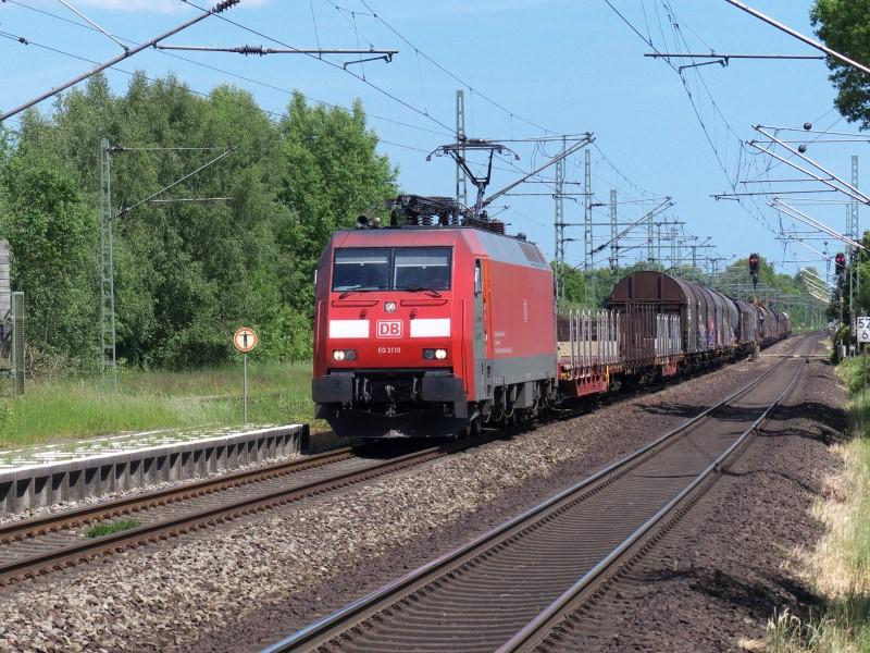 EG 3110 mit einem Güterzug Richtung Maschen am 06.06.13 im Bahnhof Wrist (KBS 103)