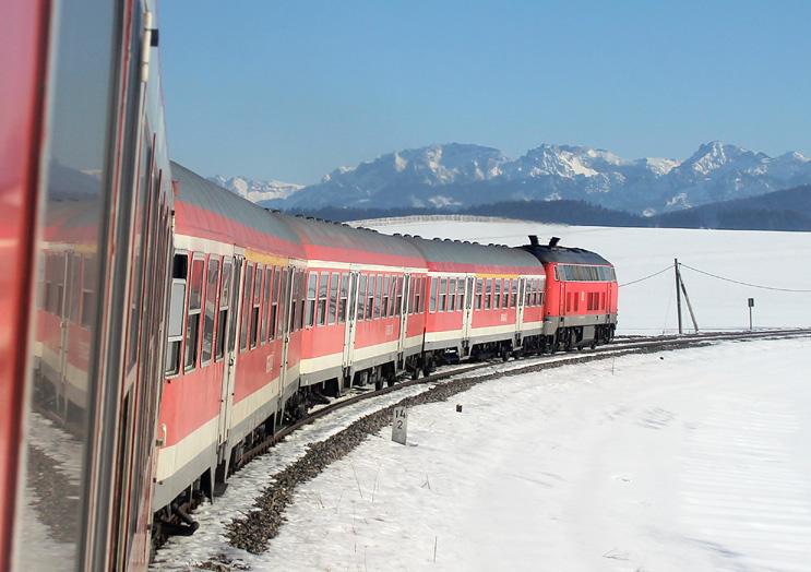 Unterwegs durchs winterliche Allgäu: aufgenommen am 16.02.2015 auf der König-Ludwig-Bahn.